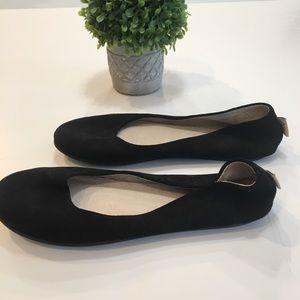 FS/NY Round toe flats SZ 7.5